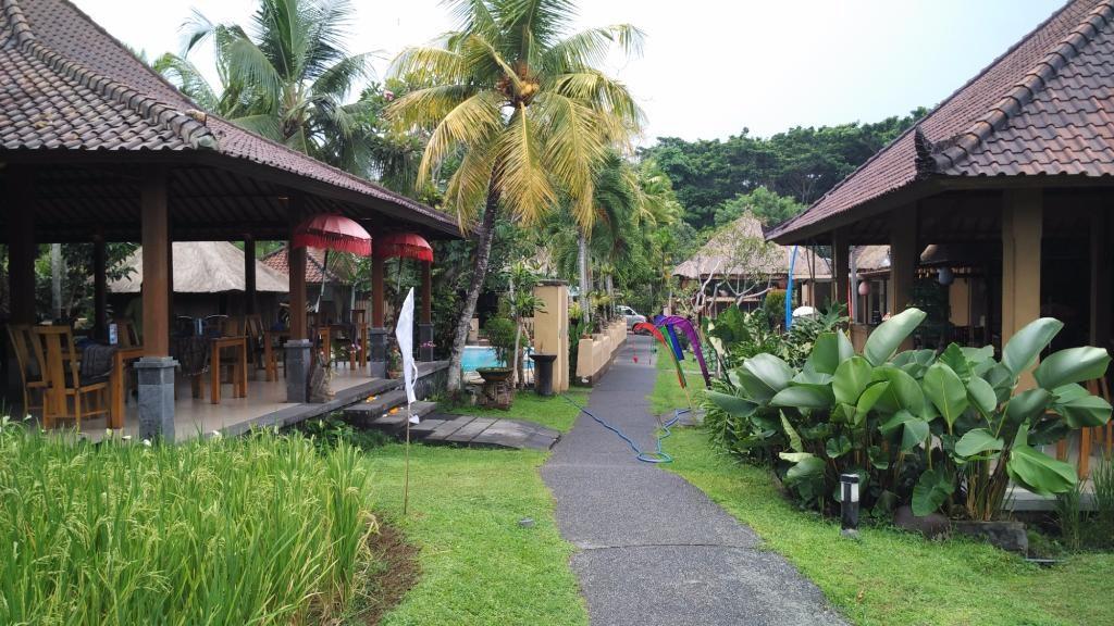 Saren Indah Hotel - budget hotels in Bali