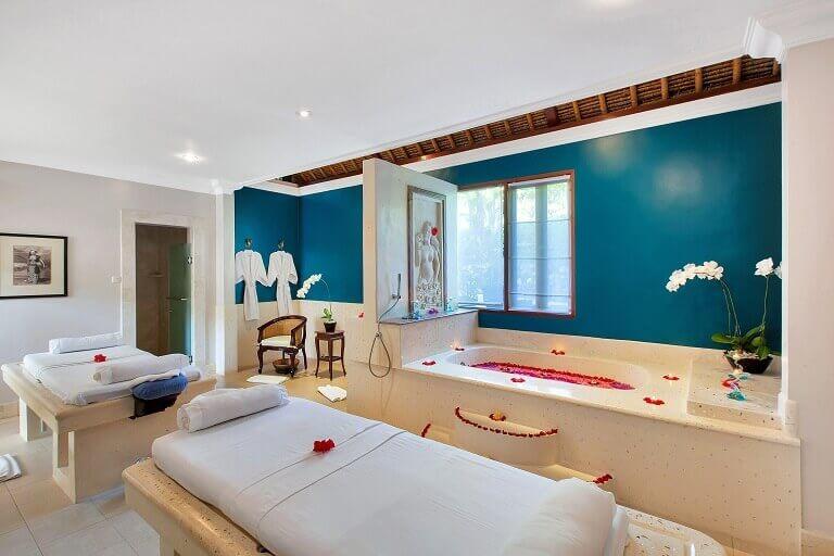 viceroy spa room