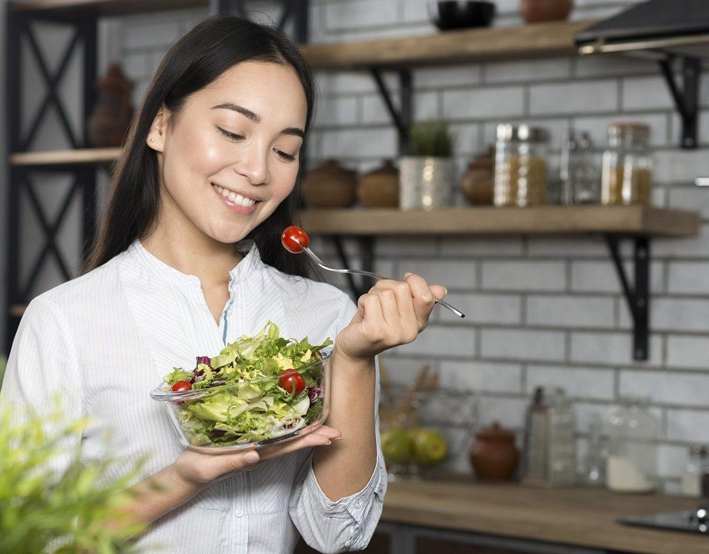 healthy skin habits- Eating healthy